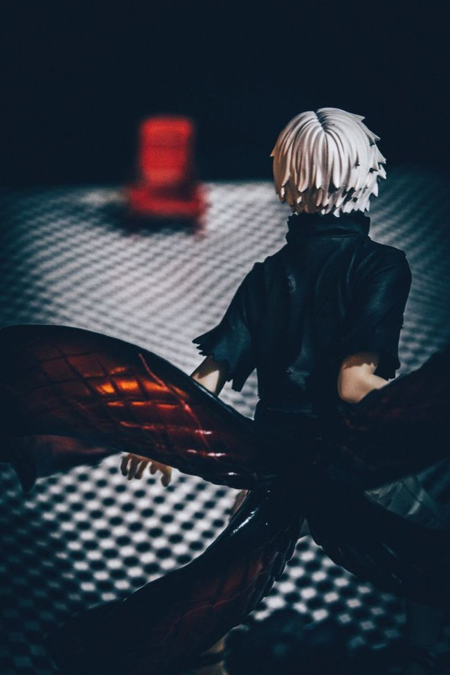 Toys Figure Figuart Great Atmosphere Creative Light And Shadow Chair Awake Kanekiken Kaneki 1220 Birthday Tokyoghoul Tokyo Ghoul Anime Manga Japanese  Japanese Culture Getting Inspired Light And Shadow Taking Photos Drastic Edit Enjoying Life Hobby Toy Photography Cool