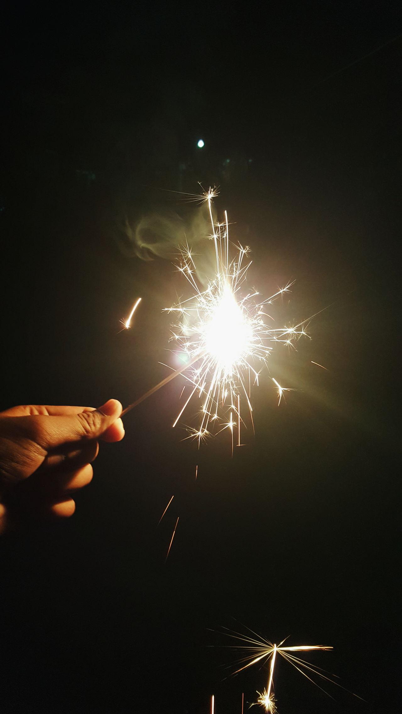 Beautiful stock photos of feuerwerk, Brown, celebration, cropped, fire - natural phenomenon