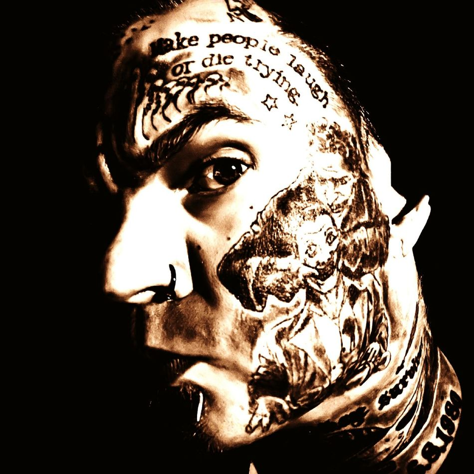 Tat Human Face Adults Only Human Body Part Statue Adult Close-up Young Adult People Sculpture Only Men One Man Only Tattoo Tatoo Lover Tattoolife Hattifattener One Person Adults Only Spooky Black And White Tattooed Body Modification Tattooart Tattooedmen Horror