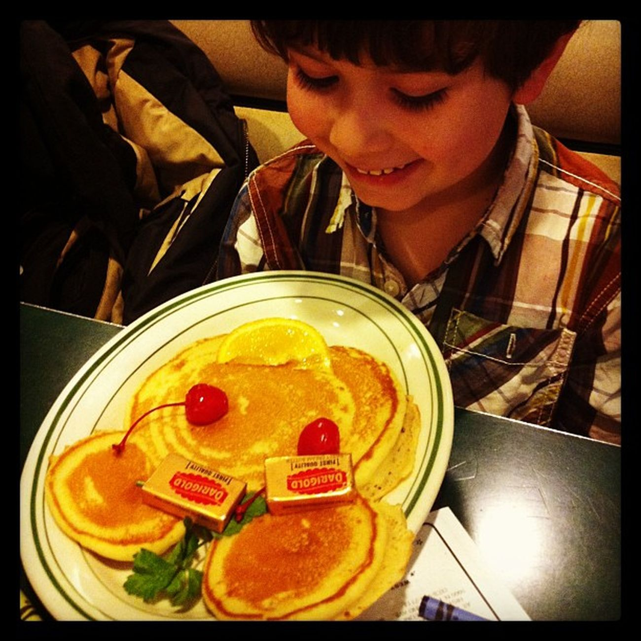 Throwing shapes, pancake shapes #dinertour #mels Mels Dinertour