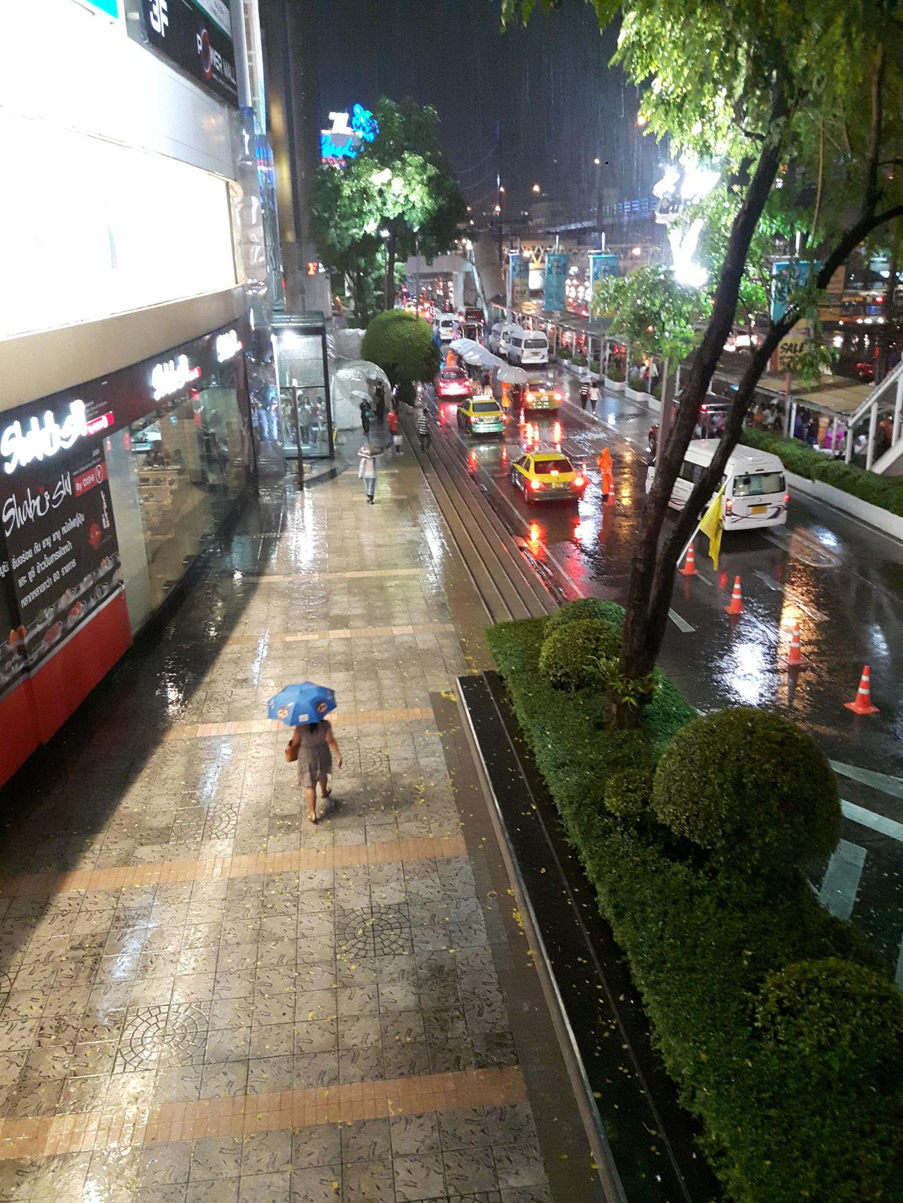 Among the rain Rain Rainyseason In The City Drops Of Rain City Life City Street Eyeemthailand Streetphotography Lifeontheroad