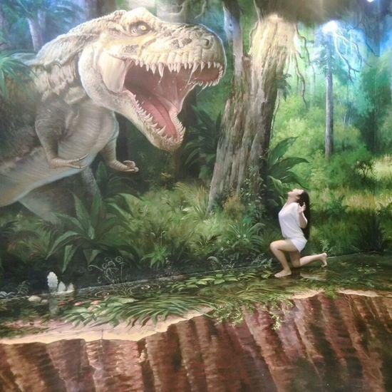 I am a big Dinosaur 💪🏻💪🏻💪🏻 Fight Dinosaur Funny Traveling Thailand Pattaya Art Of Paradise Mlife