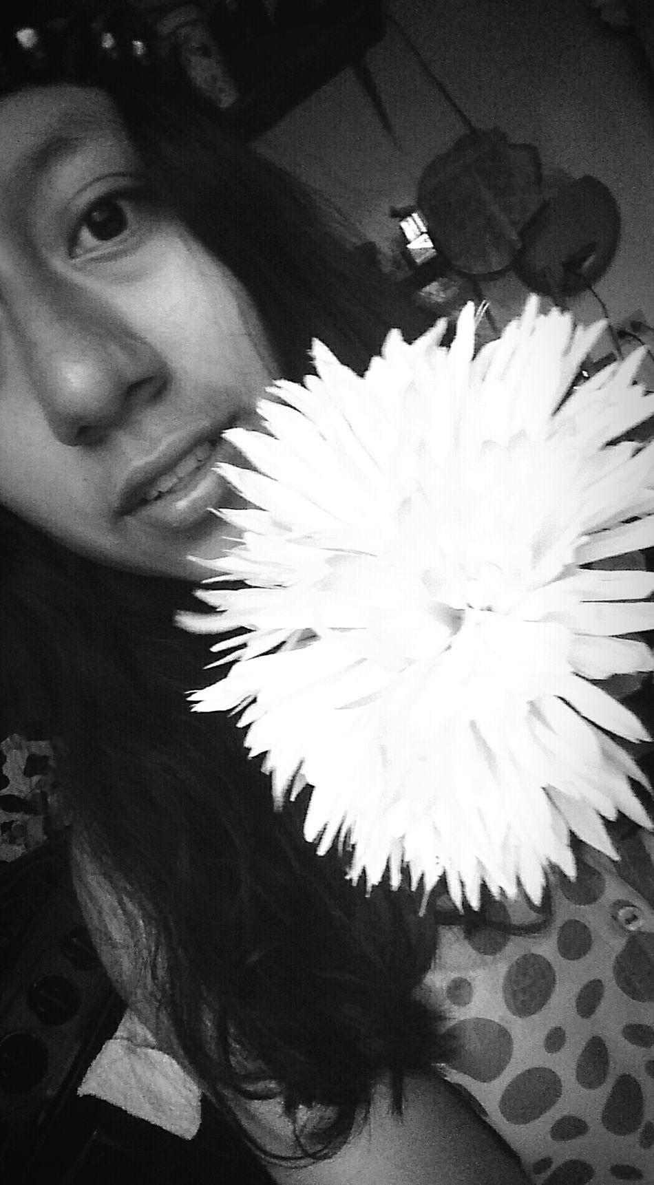 Flower L..l