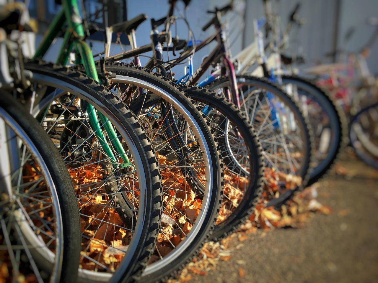 In A Row Bike Bikes Wheels Bicycle Spokes Ipstransport