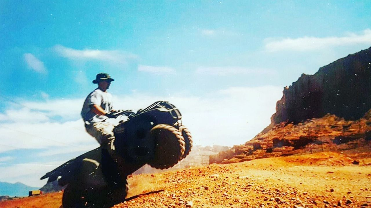 🌞 TBT...2012 Quad romping in the deserts of Moab, Utah... one of my favorite places to adventure! Outdoors Warrior - Person Fourwheelfun Quad Bike 4wheeler Riding Hill Jumping Desrt Scenes Recreational Activities  Recreational Vehicle Moaborbust Moabutah Arches National Park, Utah Hang Time Hold On Red Dirt Jumping One Man Only That's Me! TBT  Sunny Day Dusty Road Boys Will Be Boys Headwear Day Non-urban Scene