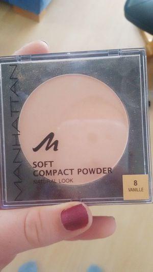 Makeup ♥ Puder Manhattan