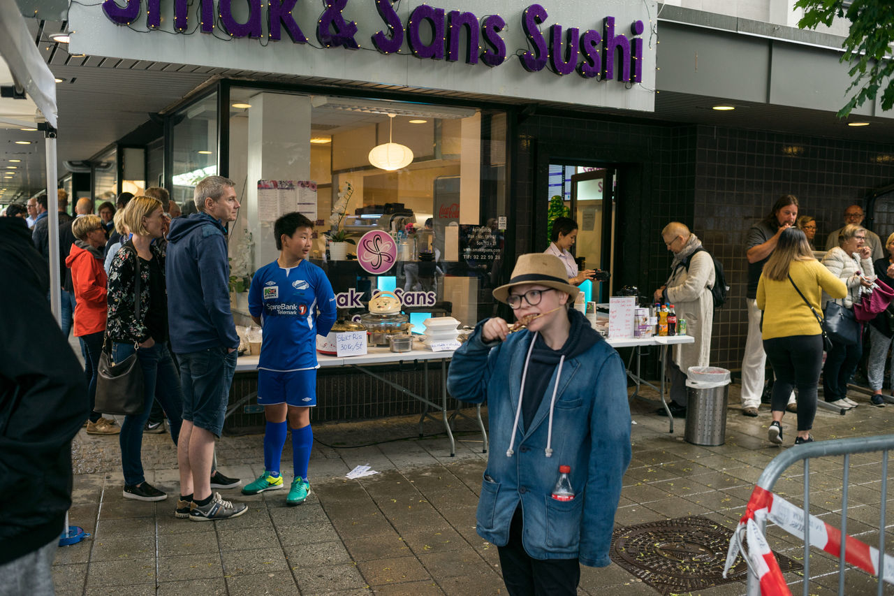 Food festival Food Food And Drink Large Group Of People Norway Norway🇳🇴 Outdoors People Porsgrunn Rainy Real People Standing Streetphotography Sushi The Street Photographer - 2017 EyeEm Awards