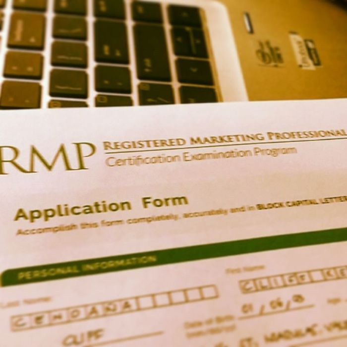 Applying for Registered Marketing Professional exam on October 2014. @feujma will bring this certification program of JAPI (Junior Achievers in the Philippines, Inc.) to the home of Tamaraws for incoming 4th Year and fresh graduate of BSBA Marketing Management. ProudJMA ProudIABF Connection Certification program Congrats MarkAngeles x @kristletongson x Third