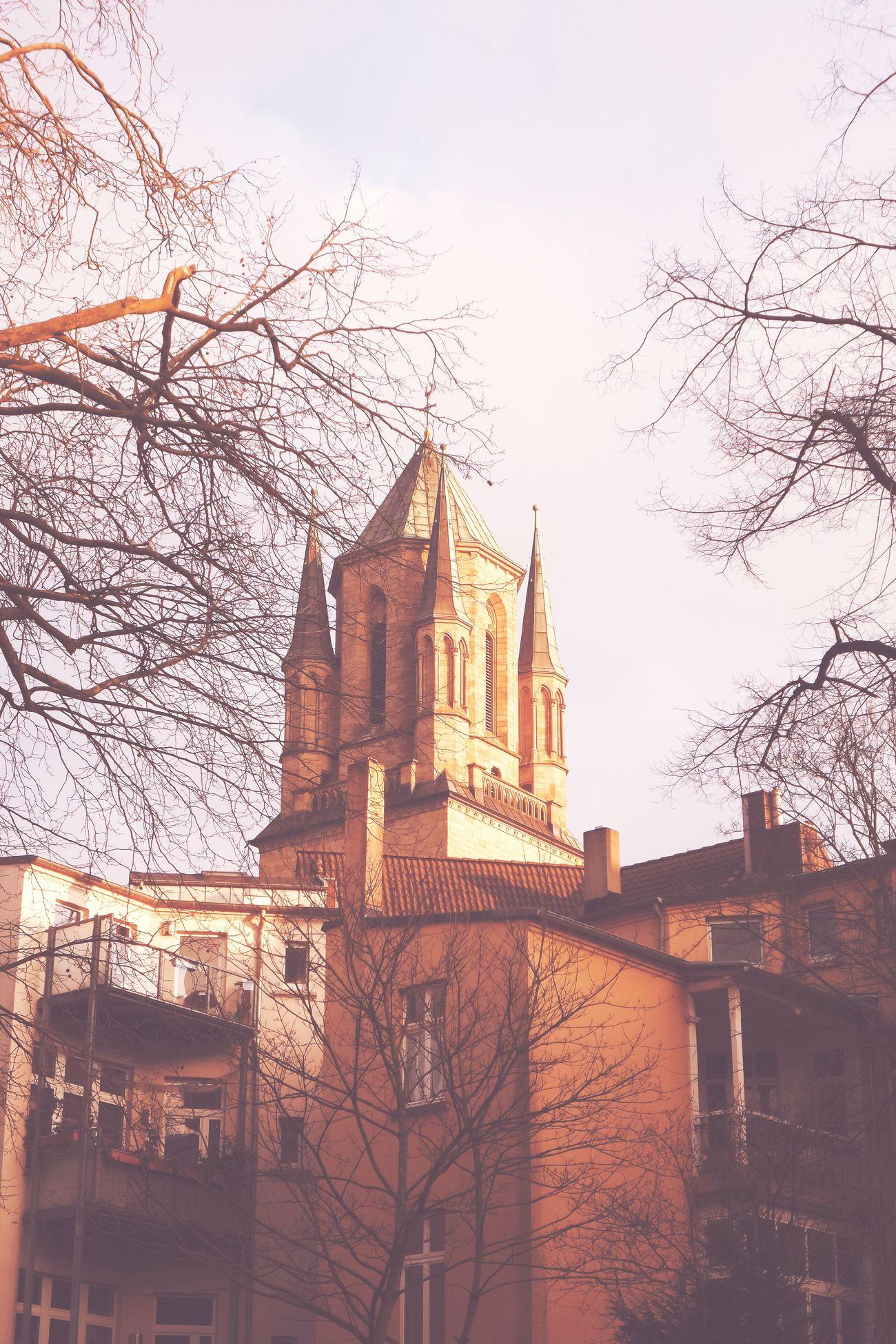 Hinterhofromantik Duisburg Duisburg Neudorf Duisburg | Germany Hinterhof Hinterhofromantik Kirche Church Frühling
