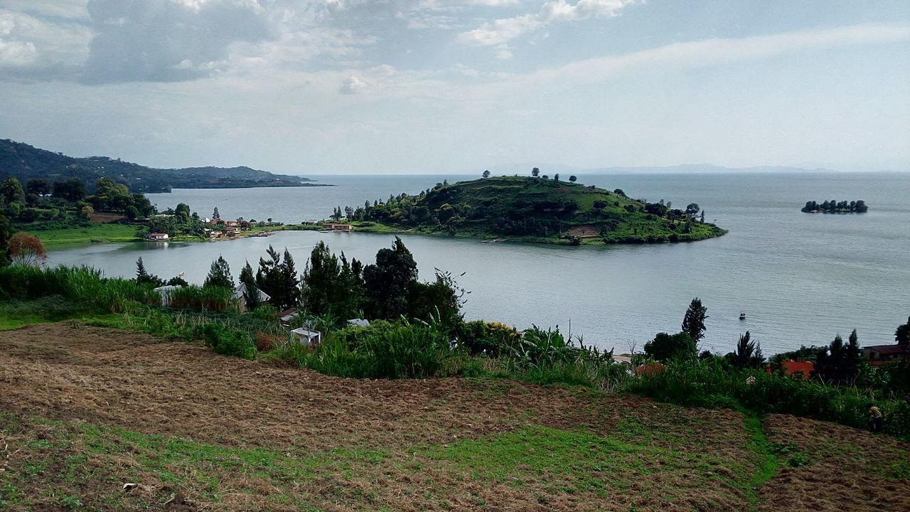 Lake Peninsula Rwanda rubona