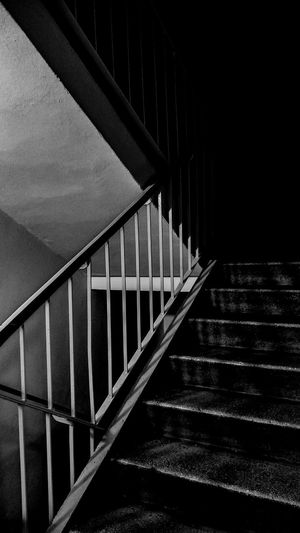 Mobilephotography Mobile Photography Mobile Smartphonephotography Smartphone Stairs Stairway Dark Blackandwhite B&w Railing Architecture Built Structure No People Indoors