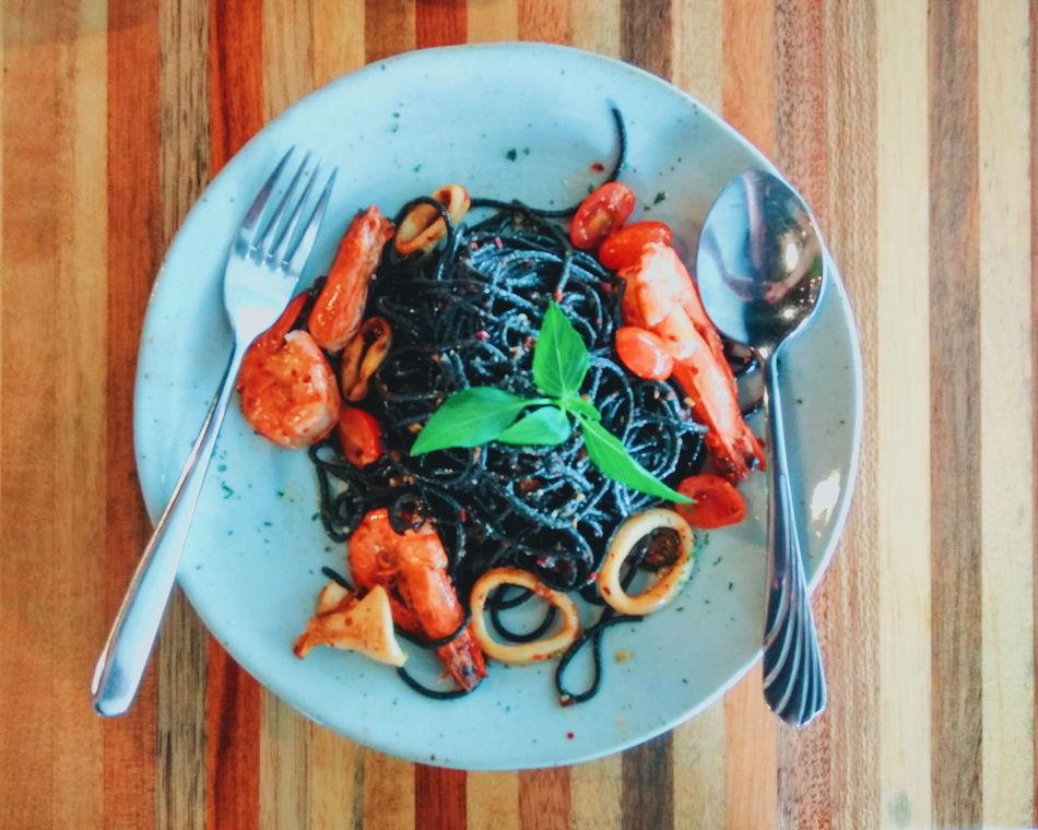 Squid Ink Pasta Noddle Seafood Seafood Aglio Olio