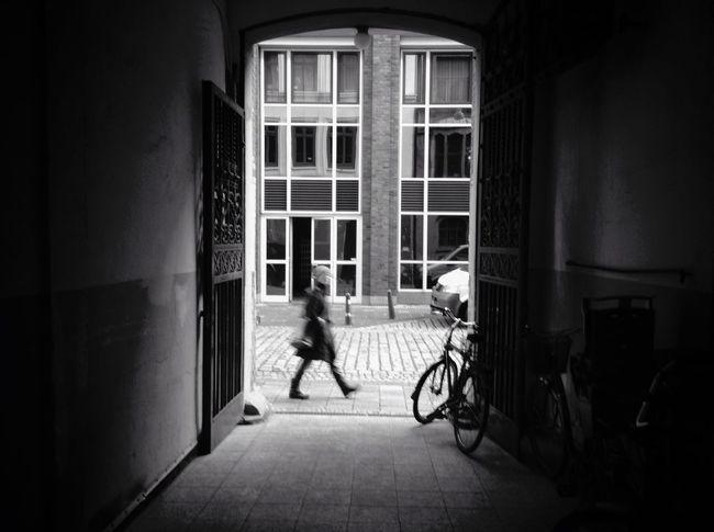 Streetphotography Hamburg Streetphoto_bw Street Photography Black&white Blackandwhite Black And White