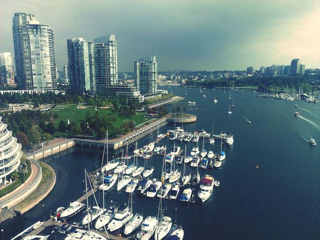 Vancouver Condos Modernism @BC Canada