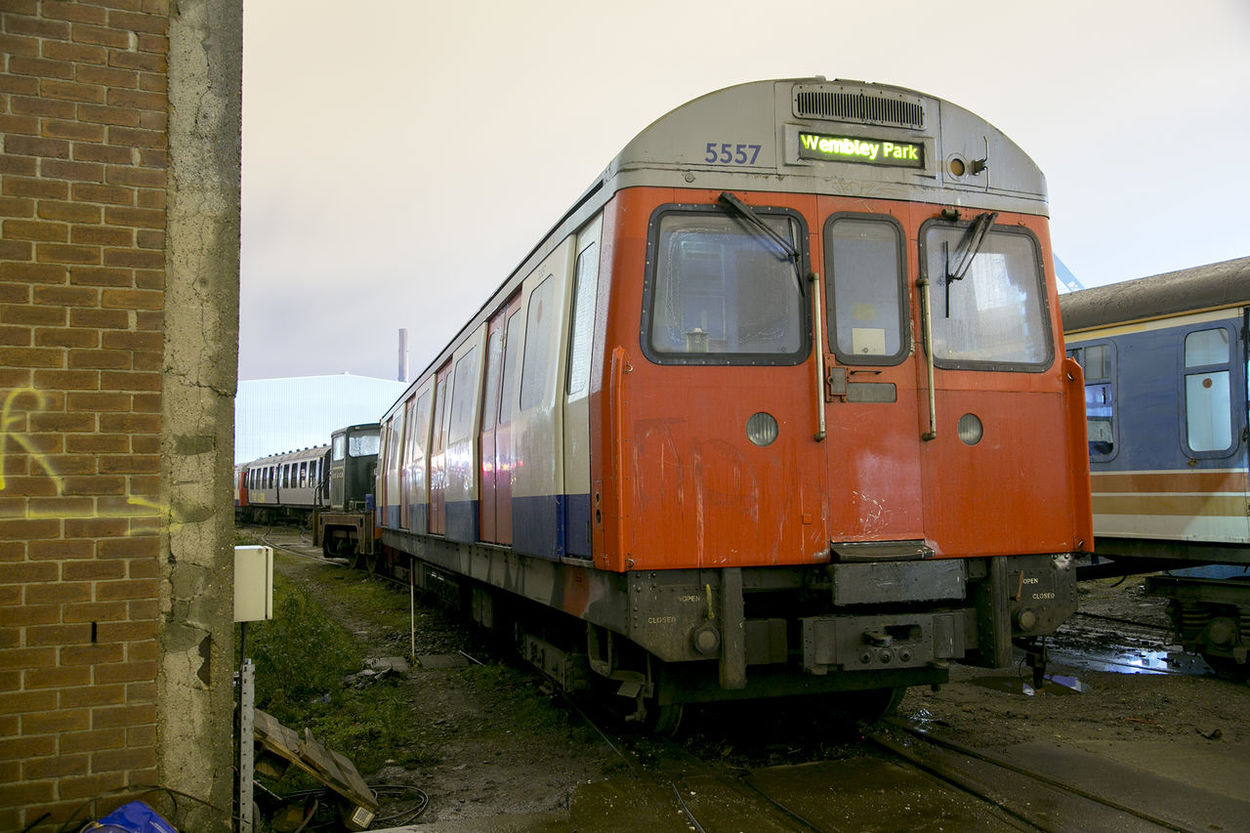 London Underground Long Exposure Night Redundant Scrap Scrapyard Trains Tube Tube Train Withdrawn Withdrawn From Service