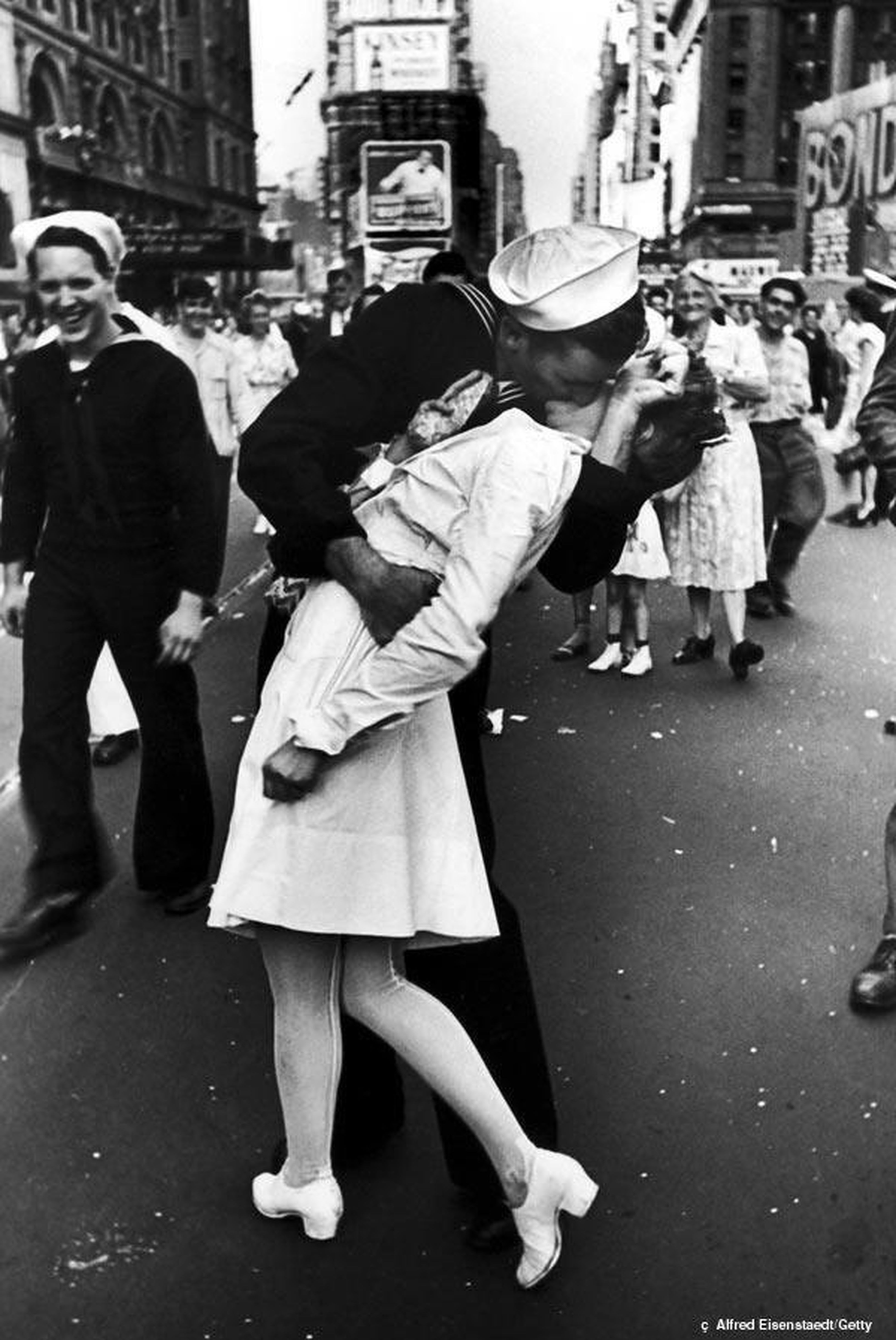 The Times Square's Kiss