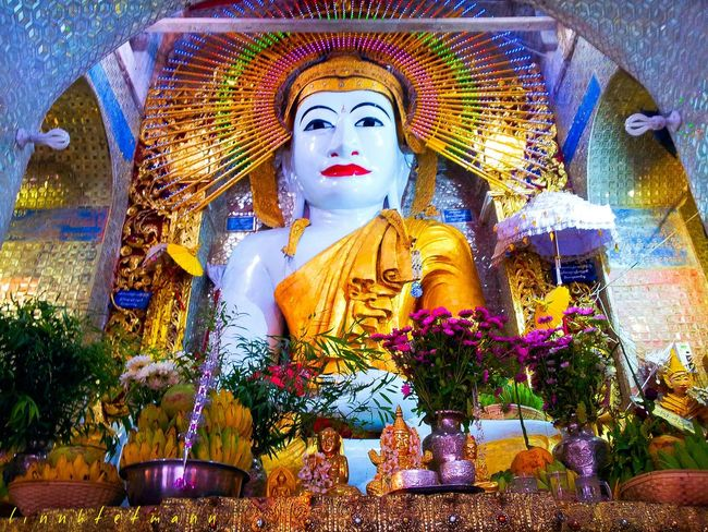 Colors Of Carnival shwe kyatt kya pagoda First Eyeem Photo Hello World Taking Photos EyeEm Best Shots