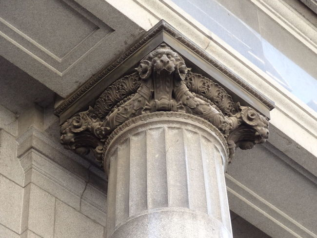 Architecture Bas Relief Building Exterior Built Structure Capitel Close-up Columna  Day Façade Human Representation Low Angle View Microcentro Microcentroporteño No People Outdoors Sculpture Statue