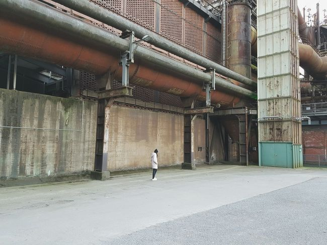 Me One Person Walking Built Structure Full Length Industry Architecture Adapted To The City Rusty Faded Strolling Lines Winter Abondoned Factory Steelwork Steel Thoughtful Workers Pipeline Vintage Cold Day Full Frame Facades Building Exterior The Architect - 2017 EyeEm Awards