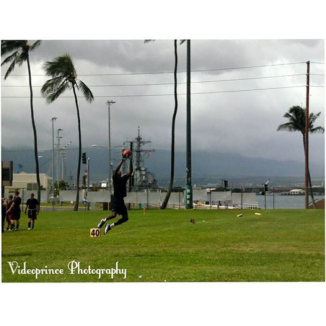 USS Asheville (SSN-758) vs USS Chung-Hoon (DDG 93). Final: 18-12 Photography By : @Videoprince Hawaii Oahu Luckywelivehi HiLife 808  Alohastate Football Flagfootball NFL Pearlharbor Beautiful Venturehawaii Instagram Instatravel Military Photography Photographer Cameralife Actionshoot Ussasheville Usschunghoon Flagfootball Saturday Morning Jbphh