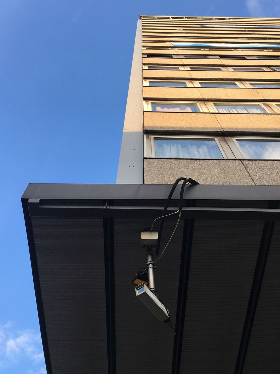"""Eye in the skye"" Berlin Camera Technology Big Brother Communication Monitoring Germany No People überwachungskamera Sky überwachung Architecture Safty Safety First!"