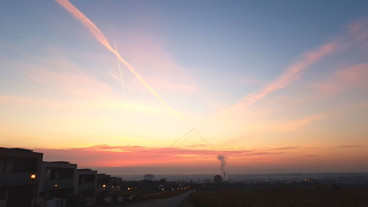 Beauty In Nature Cloud - Sky Vapor Trail Sunrise_Collection Sunrise N Sunsets Worldwide  Sunrise Silhouette Morning View
