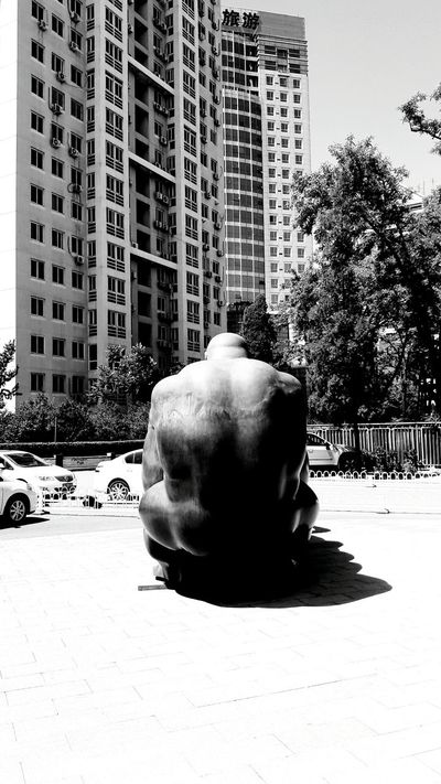 The Following Beijing China Beijing Scenes Sculpture ArtWork 798artzone Giant China Art Street Photography Black And White Streetphoto_bw Architecture Monochrome Monochrome Photography Urban Art Forms And Shapes B&W Collection B&w Photography Travel Exploring New Ground Exploring China Discover The World Black And White Excellence Thinking About Summertime