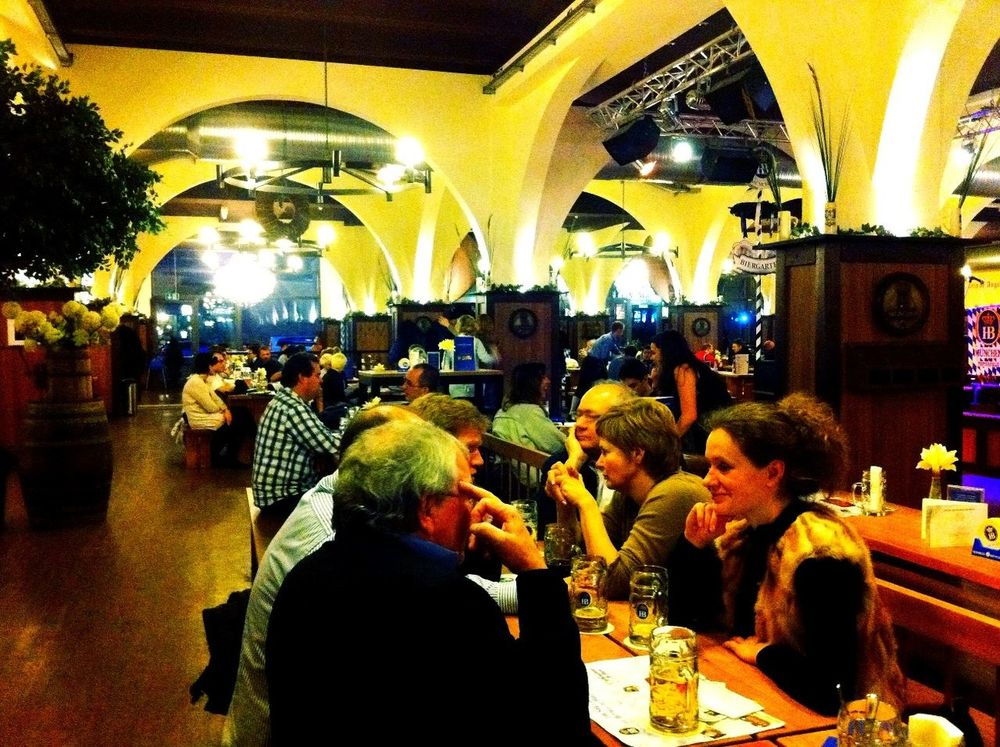 taking photos of tourists at Hofbräu München Taking Photos Of Tourists