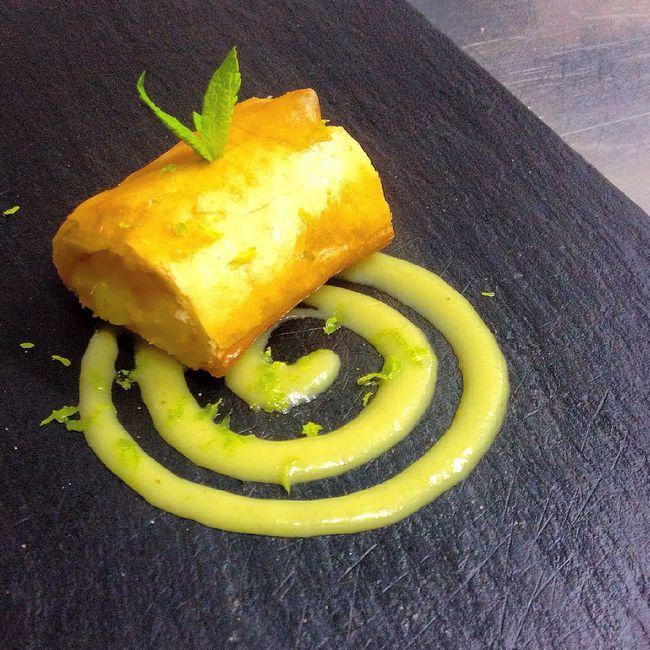 Pineapple, honey nd mint ?? Food Dessert Pastries