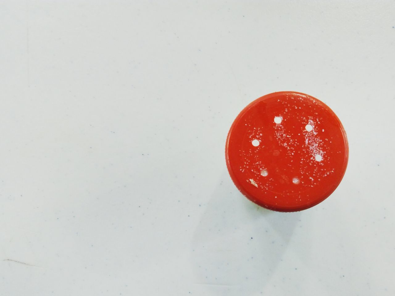 red, circle, no people, white background, close-up, food, indoors, day