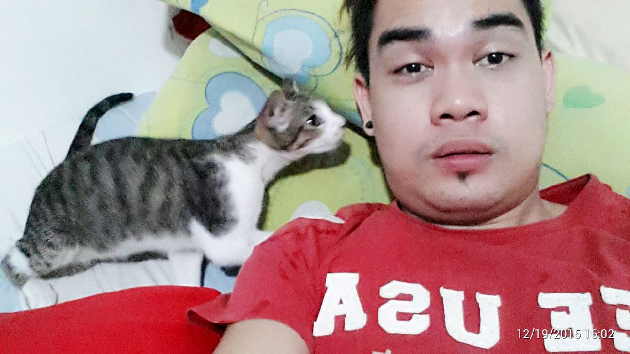 Me and my baby hi baby pati kau doleeno. Hehe :') Cats Cat Watching Cats Of EyeEm Cat Lovers Check This Out Catoftheday Eyeem Philippines