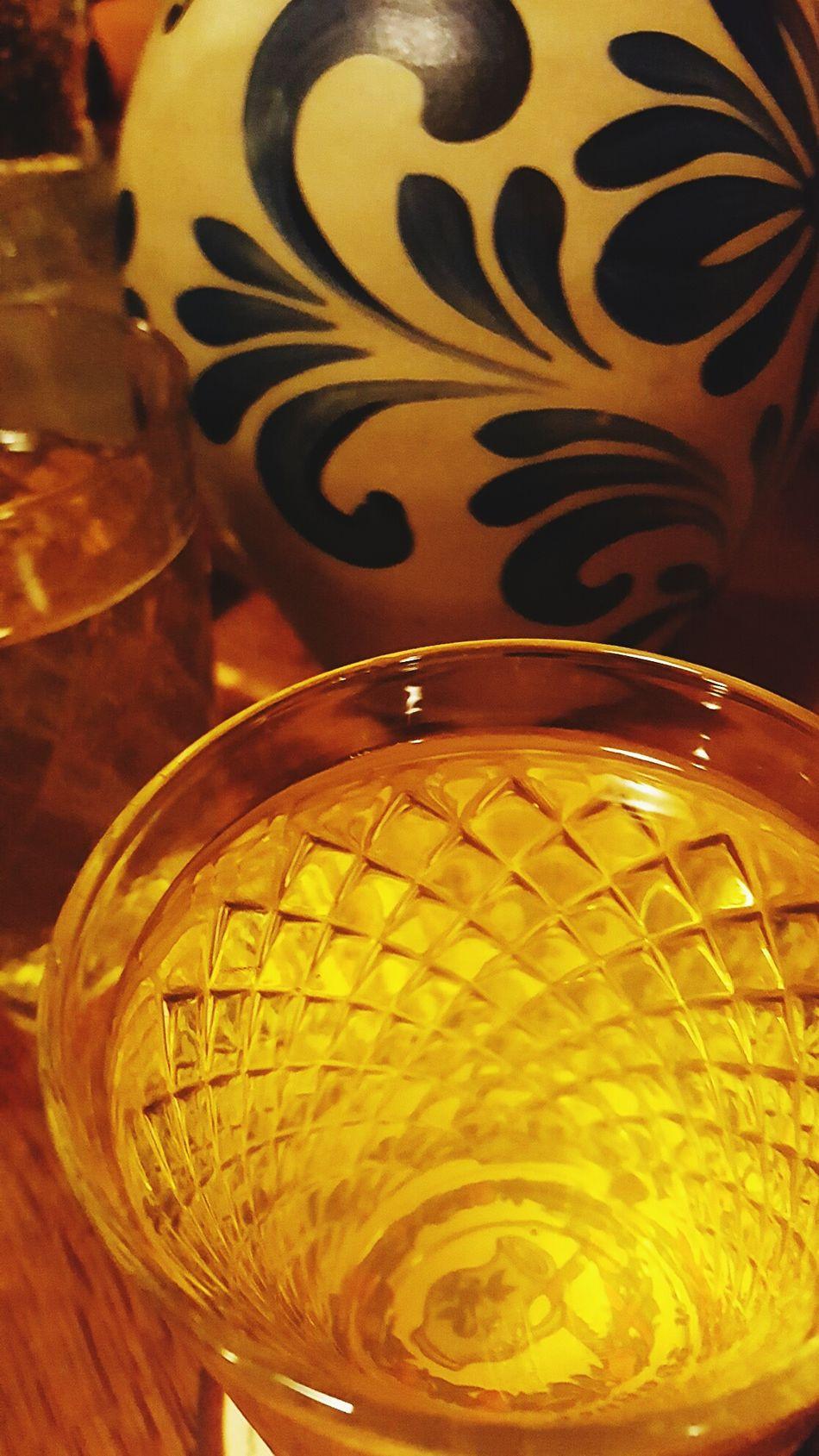An Fasching darf auch mal tiefer ins Glas geschaut werden... Close-up Gold Colored Gold Yellow No People äppler Apfelwein Frankfurt Frankfurt Am Main Hessen Tradition Regional Bembel Bembeltown Geripptes Hessisch Regionalism Regional Food Drinking Drinking Glass Drinks Krug Pupparazzi Happiness
