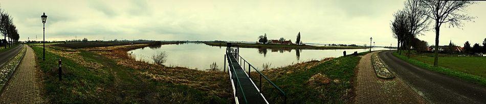 De Maas in Stevensweert Nature