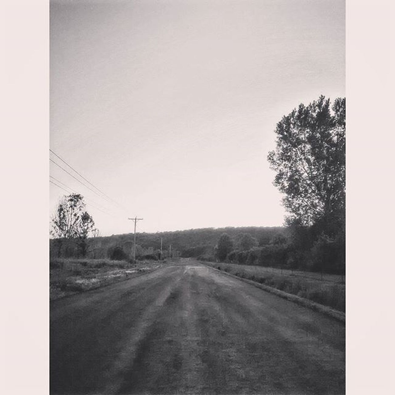 Ol country road that took me home to the place I belong........... Lol Ks_pride Kansasphotographer Kansasphotos Ipulledoverforthis Trb_bnw World_bnw Bnw_sunset Bnw Bnw_captures