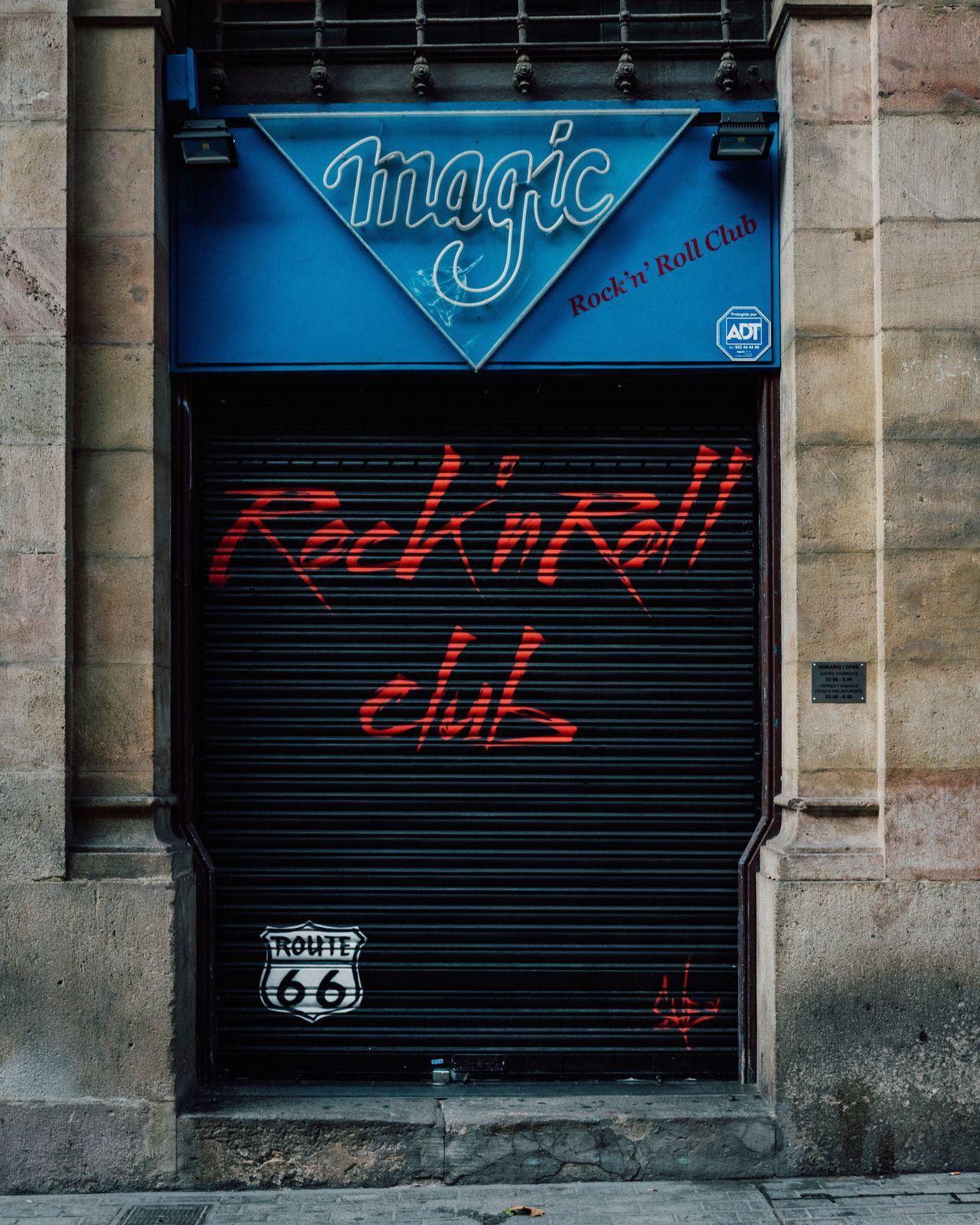 Building Exterior Barcelona Catalunya Rocknroll Music Shop Facades Vibrant Color