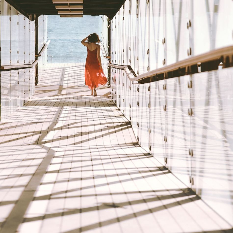 Woman Infinity Perspective Prospettiva Architecture Architettura Red Dress