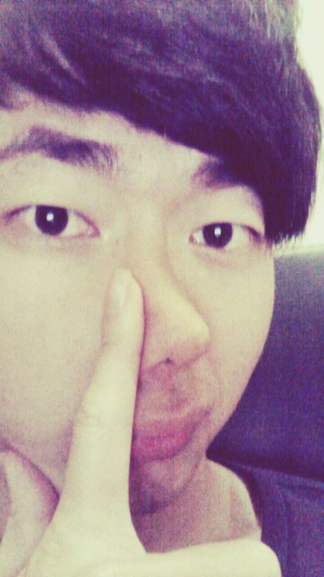 鼻子歪歪。。。鼻梯流流。。。 That's Me Just Me Hi! Stupid Boy