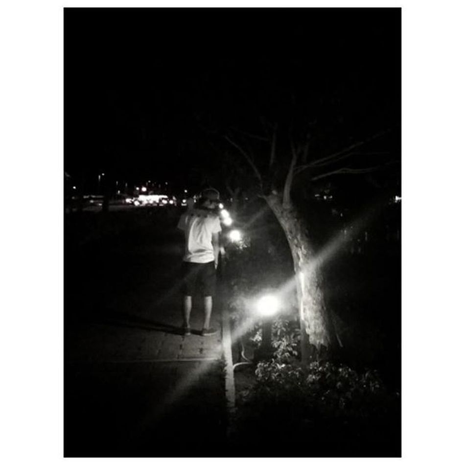 But maybe this thing was a masterpiece 'til you tore it all up. - All too well 🎶 Instamood Lyrics Fotorus Lightanddarkness Nuvali Nuvaliph Park Instapic Bw Blackandwhite