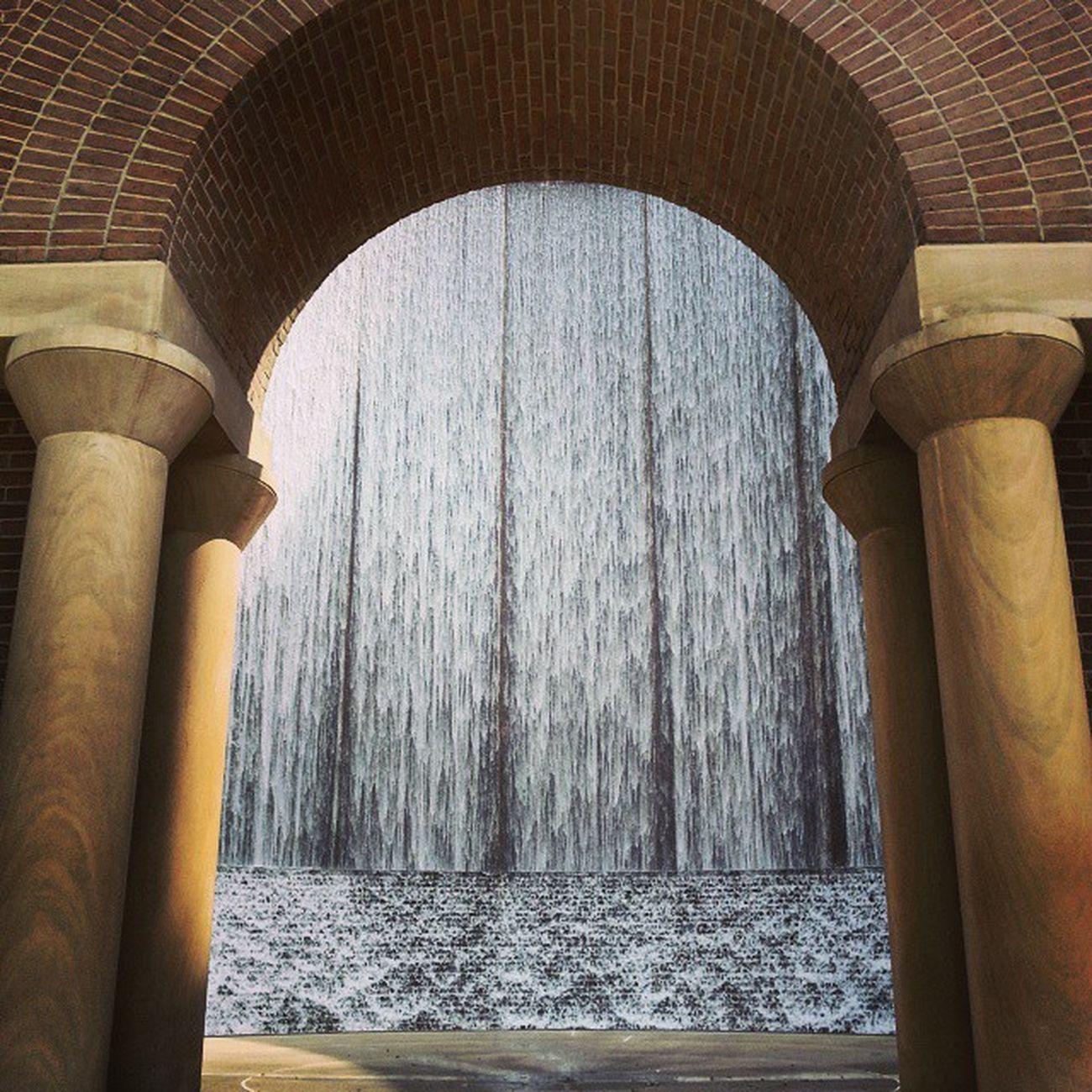 Geralddhineswaterwallpark Houston Galleria Architecture Texas