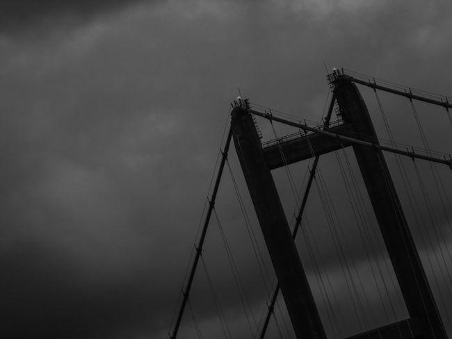 Humber Bridge siluette Bridge Cloud Cloud - Sky Cloudy Engineering Humberbridge Sky Tall - High Weather