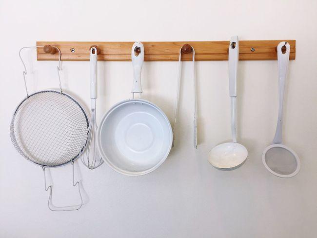 Still Life Variation Kitchen Utensil No People Domestic Kitchen Arrangement Indoors  Hanging White Background Cooking Utensil Colander