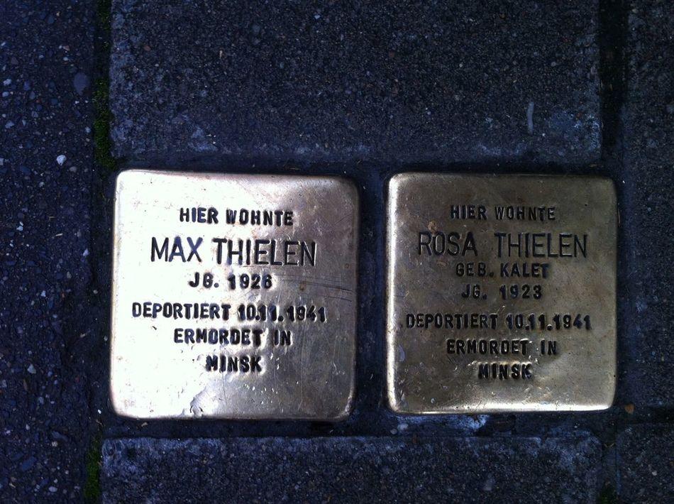 Stolpersteine Hello World Hi! Bws_worldwide Worldwide_shot Geschichte Holocaust Memorial Holocaust Düsseldorf At Düsseldorf