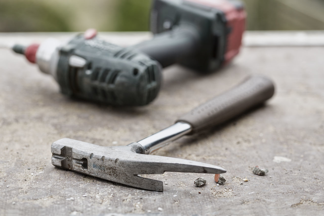 work tool, close-up, hand tool, workshop, no people, indoors, day