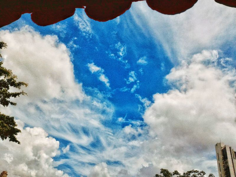 Getting Inspired Original Experiences Clouds And Sky Dramatic Sky Artistic Expression EyeEm Best Shots - Nature Buildings And Clouds Futurismo Art