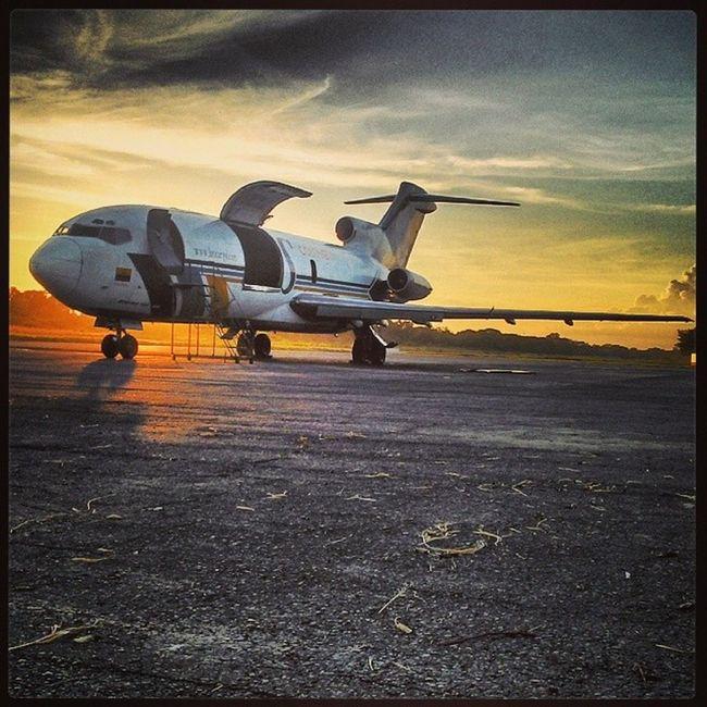 Aviation Airport Boeing 727 arauca