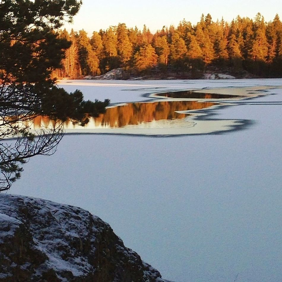 Soon, the lake is frozen. Nature_collection Water Reflections EyeEm Nature Lover MADE IN SWEDEN