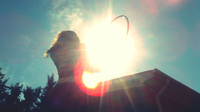 Hoop & Sunrays . 🌞🍃 Hula Hooping  Sunrays Sunshine Springtime Heady Vibes Heady Fun Hoop Session