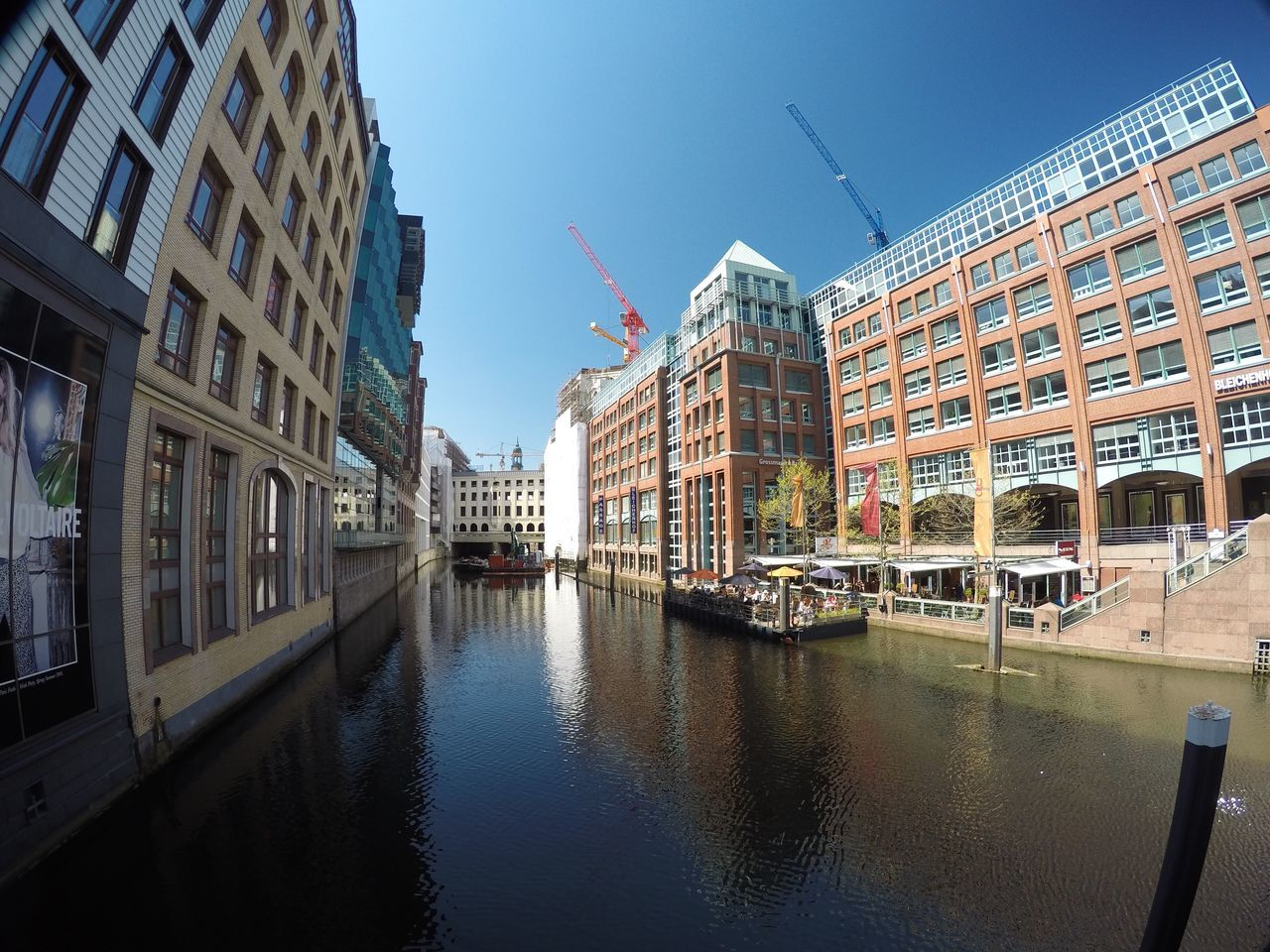 Hello World Taking Photos Sunny Day GERMANY🇩🇪DEUTSCHERLAND@ Hambourg Nice City Clean