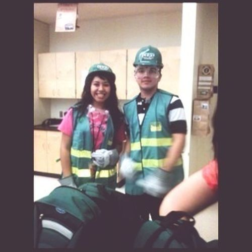 Me & Hector look all chubby with this uniform thing :b