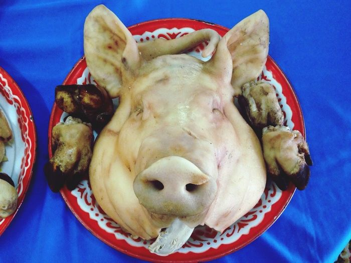 Are you gonna eat me? Pig Head Foods What's For Dinner? Chinese New Year Meal Spotted In Thailand